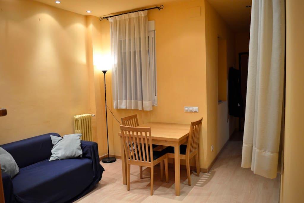 Piso moderno a todo lujo apartamentos en alquiler en - Pisos modernos madrid ...