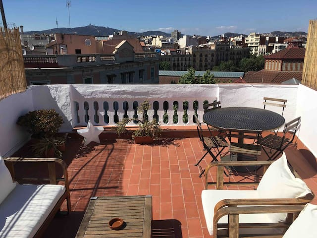 Beatiful Terrace in Bcn center  HUTB-OODIEZ94ZERO3