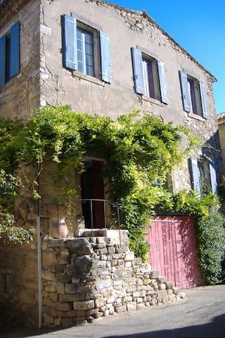 Maison de charme Gardoise - Saint-André-de-Roquepertuis - Huis