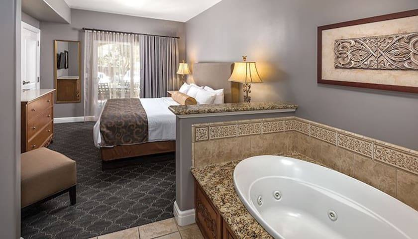 Condo Private bedroom with Jacuzzi tub- BEDROOM # 1