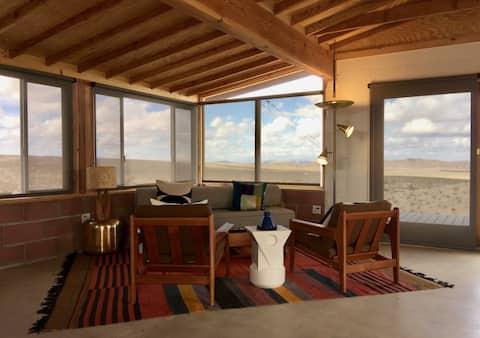 Moon Mountain Cabin. Endless desert views.