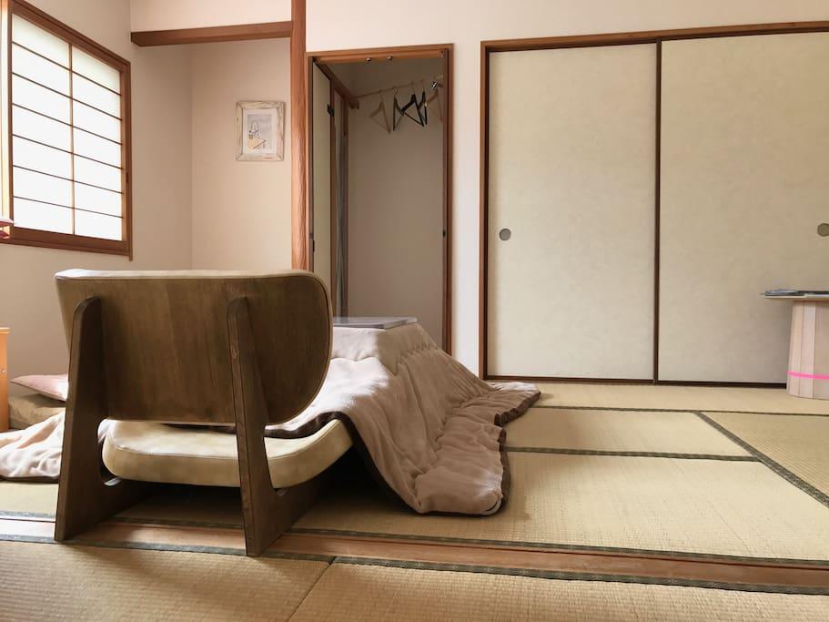 気軽にアートを楽しめる宿「狭山美学校」芸術家が創った宿です - 借りられるデザイナーズホテル - 大阪狭山市, 大阪府, 日本