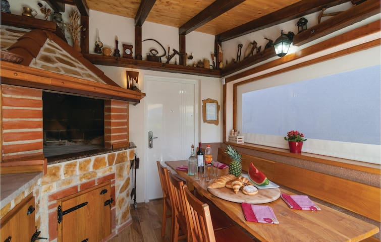 Holiday cottage with 4 bedrooms on 132m² in Dicmo