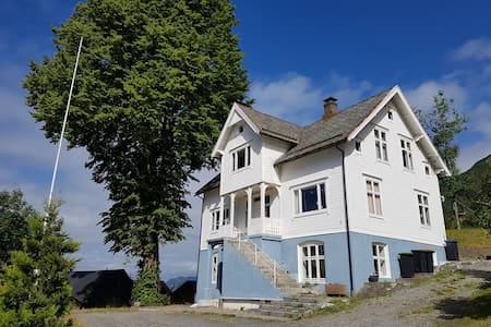 Fjord Retreat