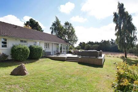 3 bedroom summerhouse with beautiful country views
