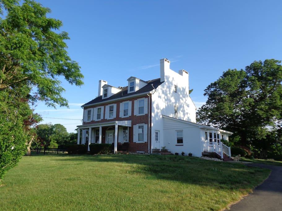 Historic Farmhouse On 85 Acres Working Horsefarm Houses
