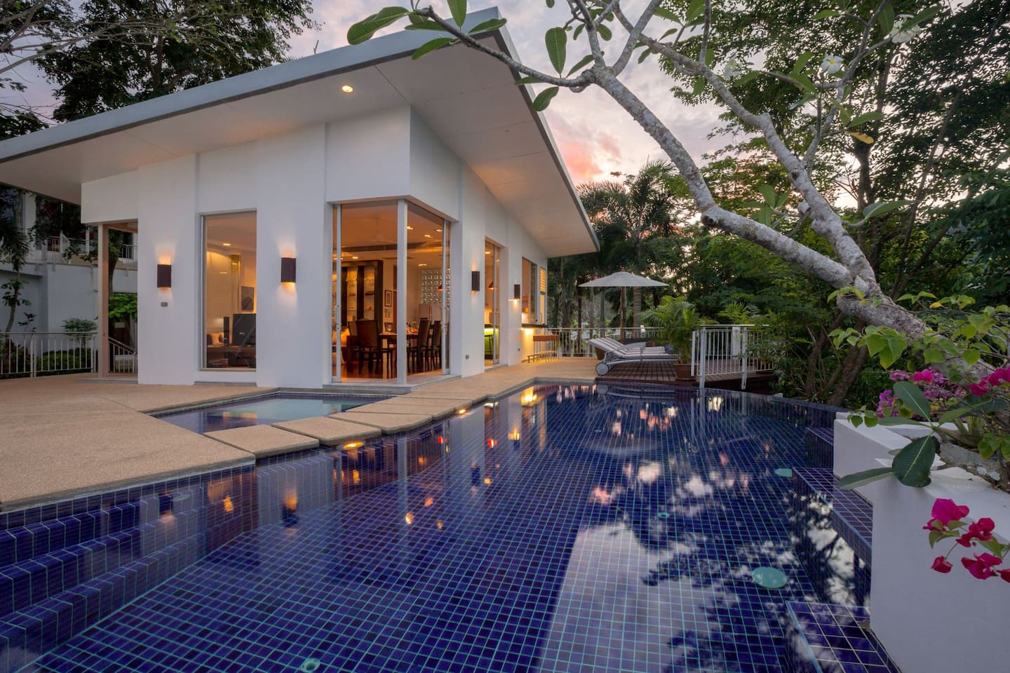 1st Villa with 4 bedrooms