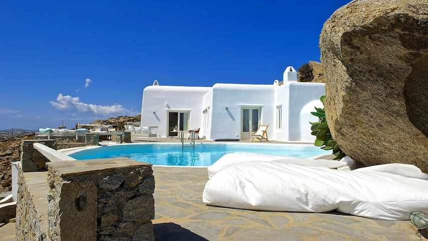 Villa Odette in Super Paradise, Mykonos - Mikonos - Villa