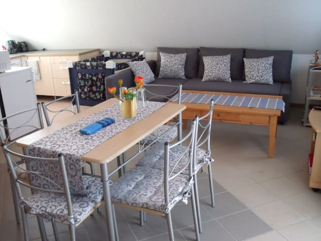 Studio Apartment South of Berlin - Blankenfelde-Mahlow - Apartamento