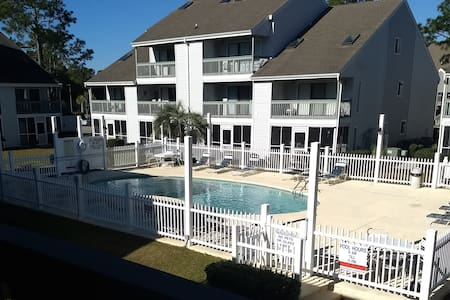 JUST RENOVATED! Less than 2 MILES TO BEACH!