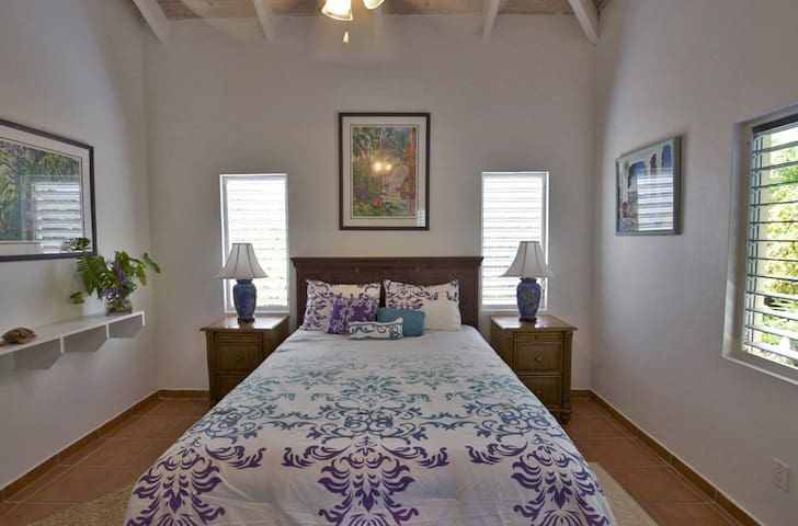 Lilly Guest House - Caicos Islands - Casa