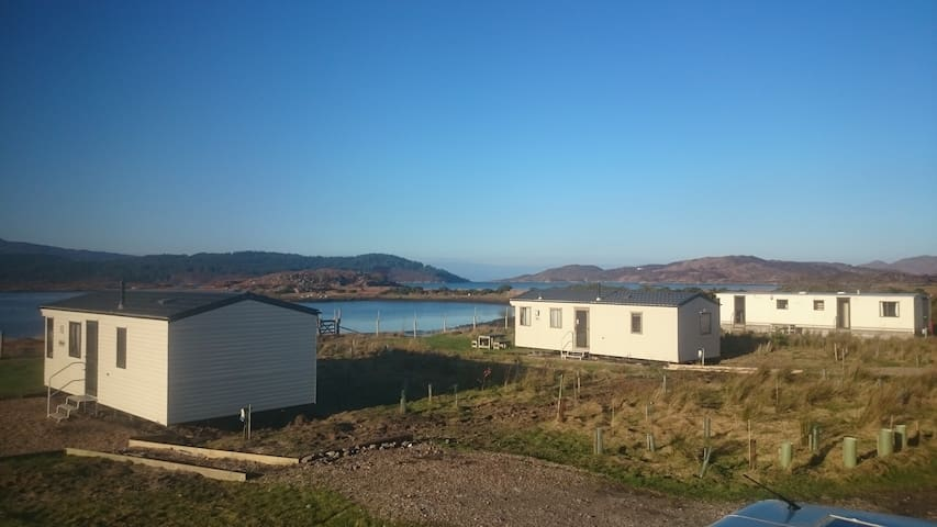 SINGING SANDS HOLIDAYS CARAVAN 3, sleeps 6 - Arivegaig - Lain-lain