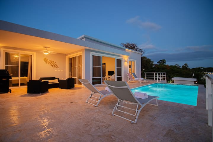 Ocean View 2 Bedroom Newly Built Casa Linda Villa
