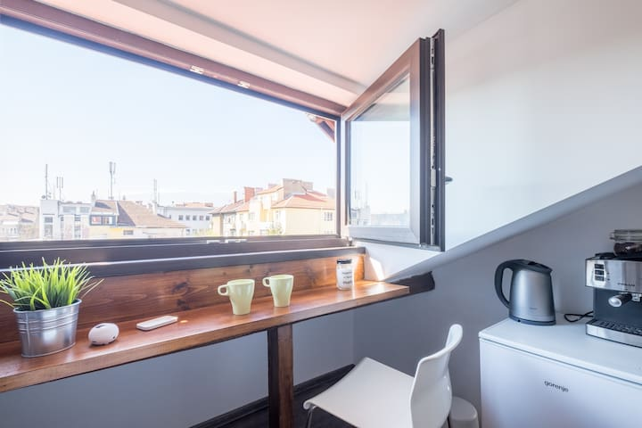 Cozy loft with a great view in the top city center - Sofia - Appartement