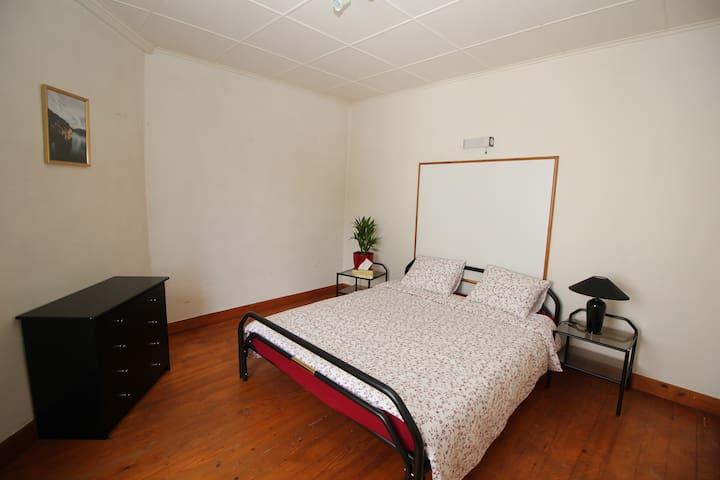Belles chambres dans Auberge communale n°3