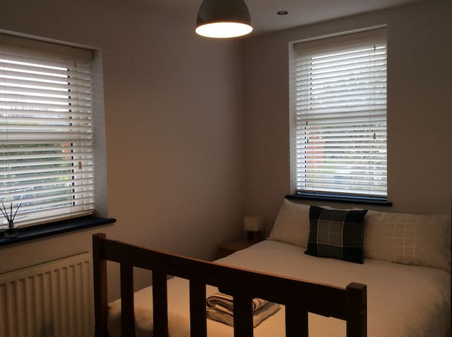 Double Bedroom in the centre of Worcester!