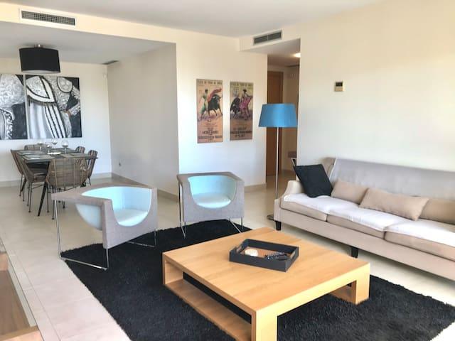 (11) Appartement dans le complexe de Samara Resort
