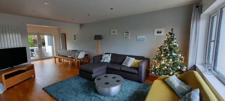*Christmas Shopping in St Ives!* Sleeps 2-6 & Dogs