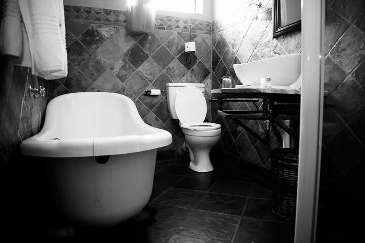 Nigel Goldfields Lodge Luxury/Honeymoon Suite