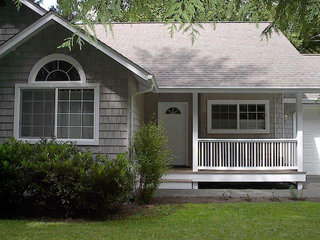 Henderson Guest House - Indianola - Ház