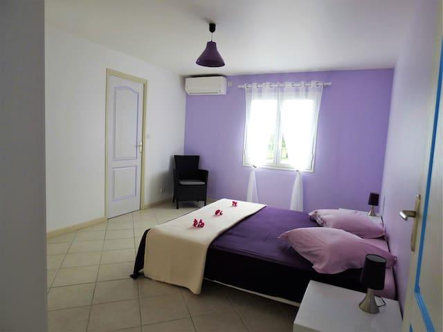 chambre 2 - 1 lit queen