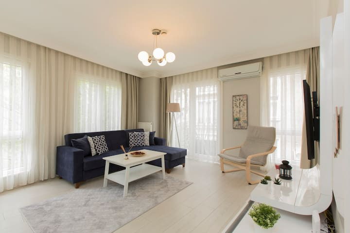 Sweet&Spacious Home inTaksim Square(New Flat)