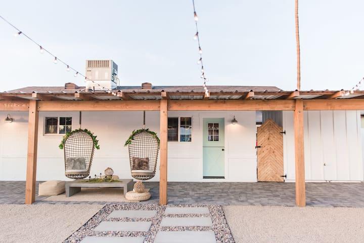 >>THE ZONA ROSA<< Designer Retreat in Scottsdale