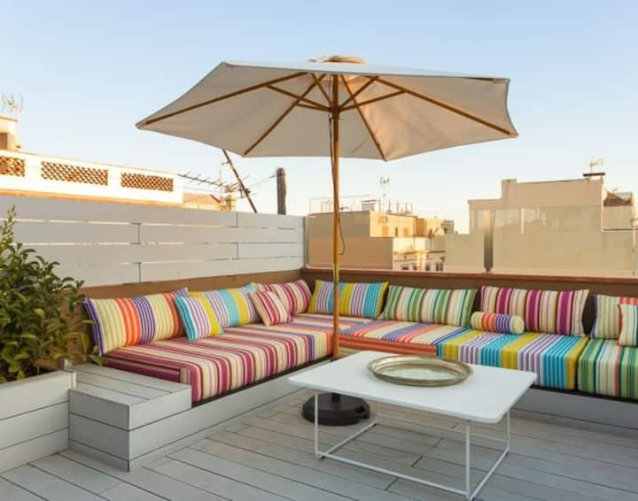 Beachview in Barcelona with Rooftop Terrace 3rd