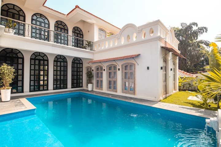 3 bedroom Villa in Assagoan with private pool