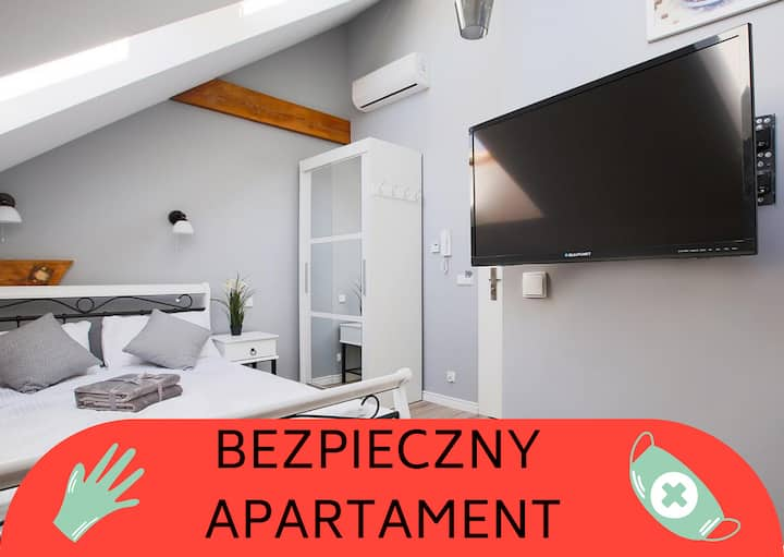 Living Apartments 7C (air conditioning)