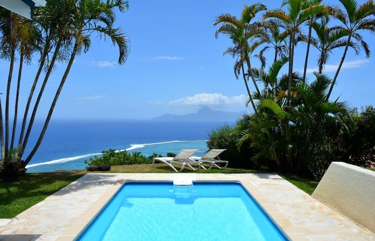 Villa Tiare - Tahiti - breathtaking view, pool & garden - up to 7 pers