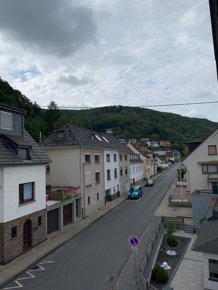 Privatzimmer in schöner Lage am Rhein