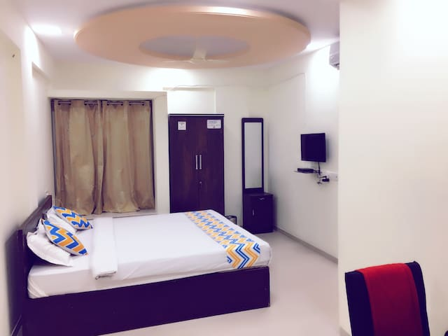 LAVISH ROOM at MODEL COLONY, Pune