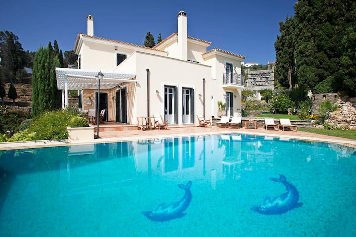 Luxury Villa & Stone Built Dovecote & Private Pool - Ipsila - Villa