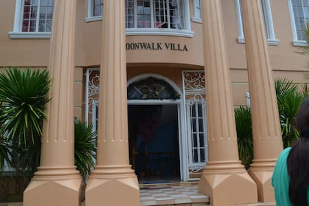 Moonwalk Villa Resort