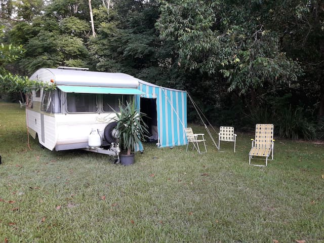 UNIQUE 1969 ORIGINAL CARAVAN SET UP BY CREEK