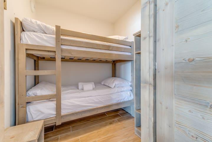 Coin montagne avec lits superposés