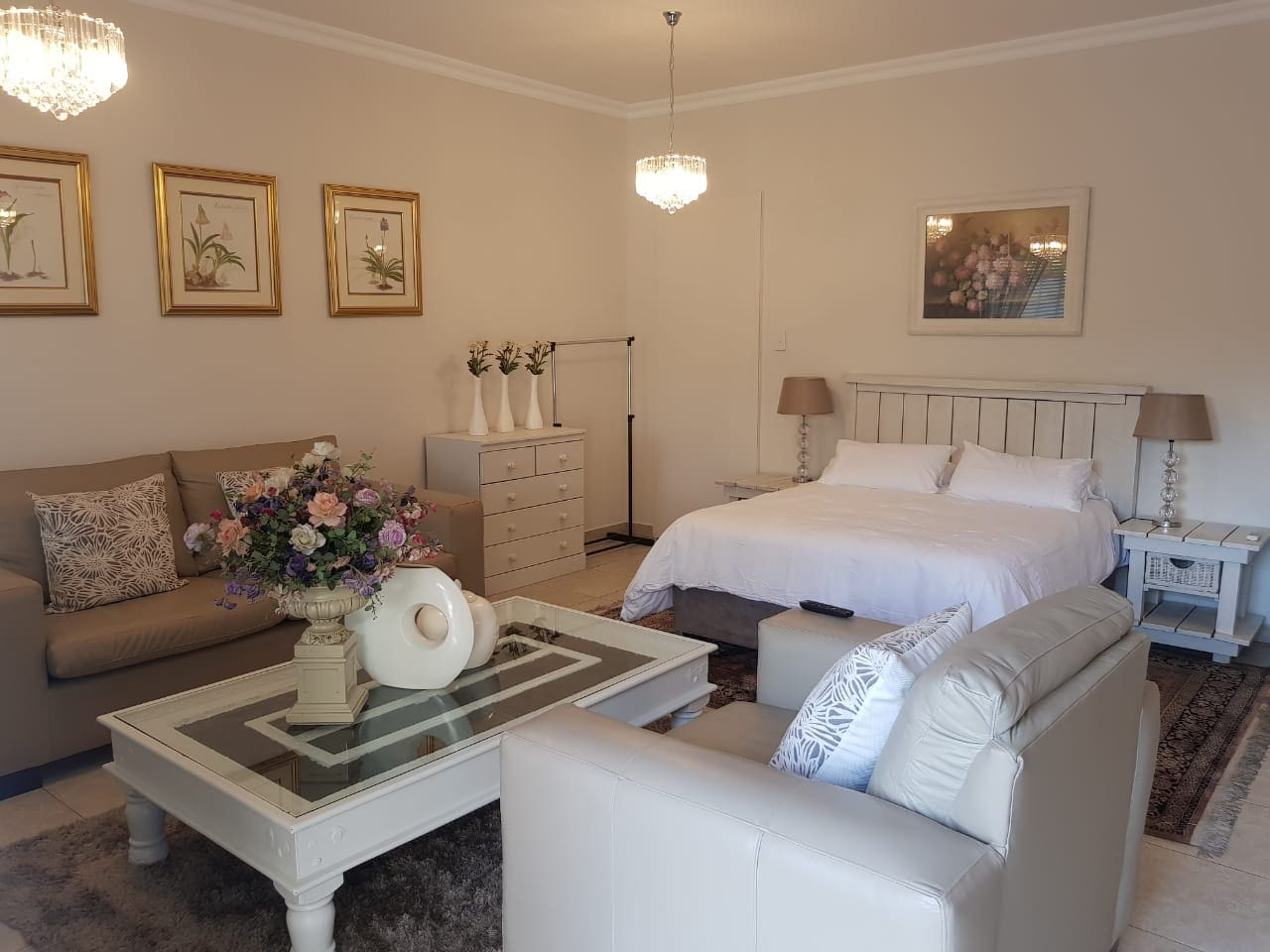 Self Catering - Long term Luxury - Room 5