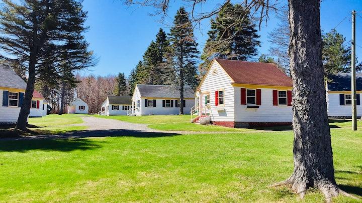 One-Bedroom Cottage B1