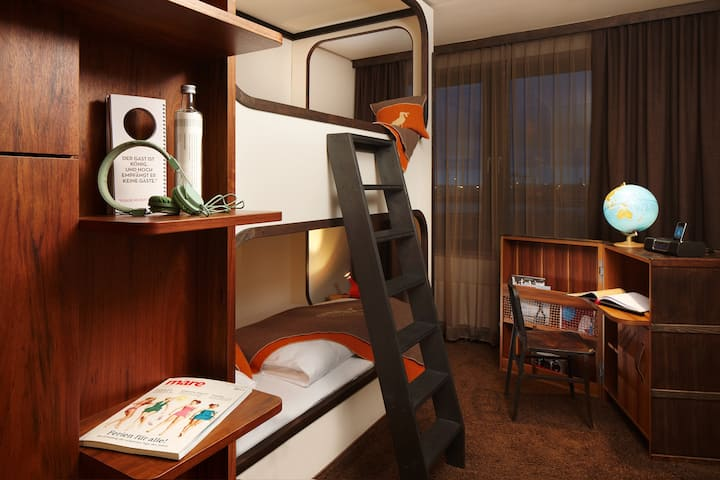 Medium Bunk Bed Room at the 25hours Hafencity