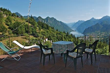 Pervinca B&B l'Ariosa lago d'Idro - Treviso Bresciano - B&B