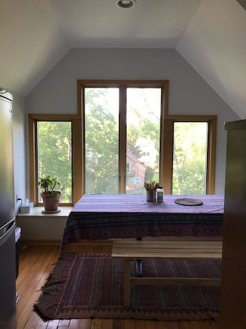 Large Studio Apartment - Summer Availability Only