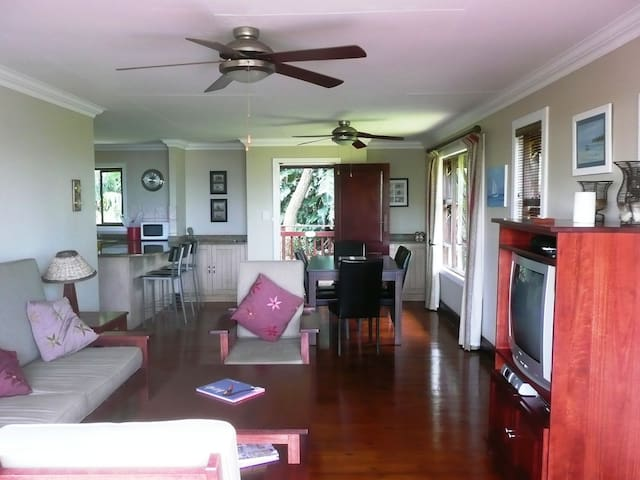 Open plan lounge, dining room, kitchen