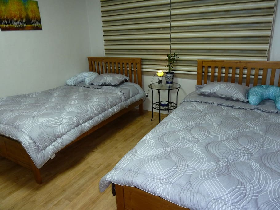 two beds in the 2nd bedroom.