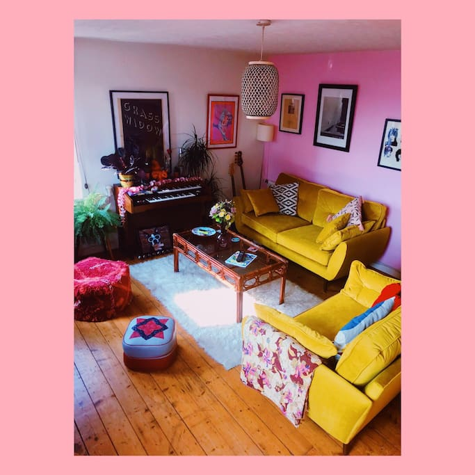 The Pink Lounge