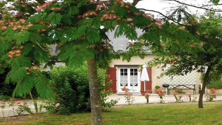 La Forge - Les Volets Rouges - nr Saumur