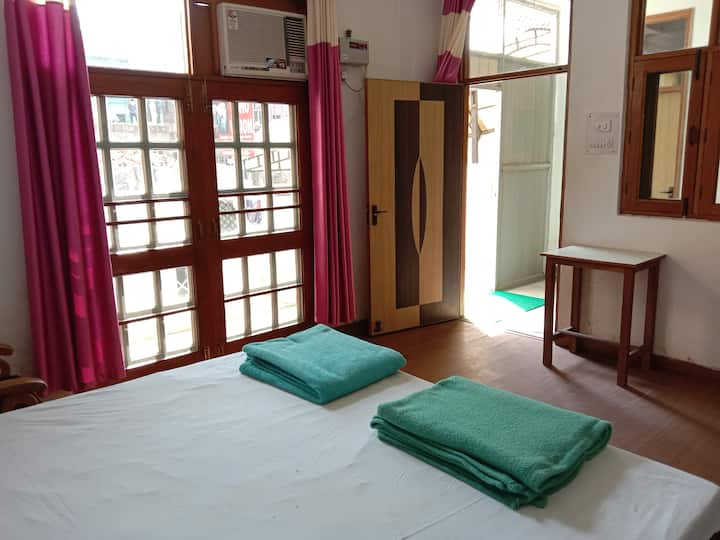 Osho Vision Haridwar Private AC-Room Balcony 04