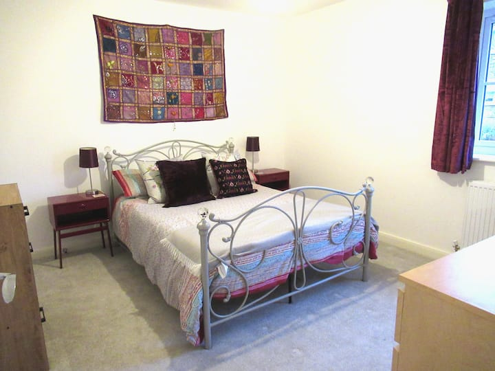 Large double room in Stockport