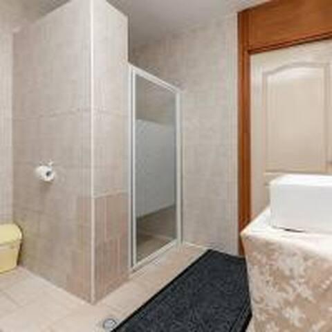 1persoonskamer 701 in het Centrum van Schiedam