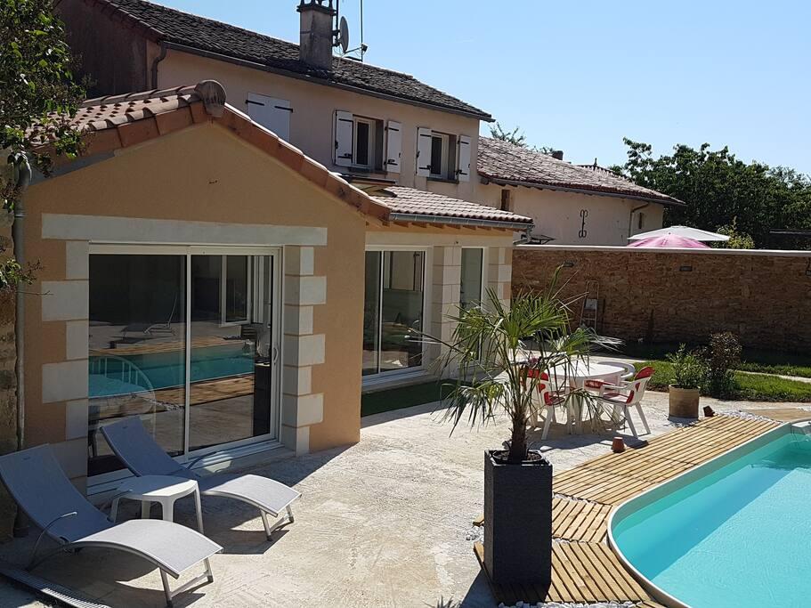 Chambre zen avec vue sur piscine chambres d 39 h tes - Chambre d hote marseille avec piscine ...